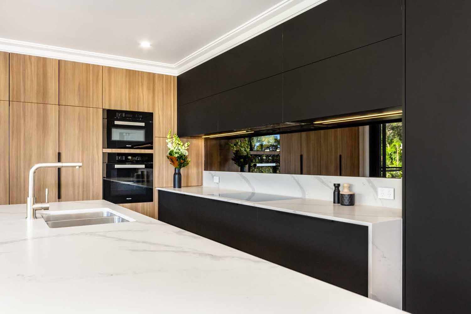Kitchen Design Sydney Contemporary Black White Timber Miele Fisher Paykel Dulux 3