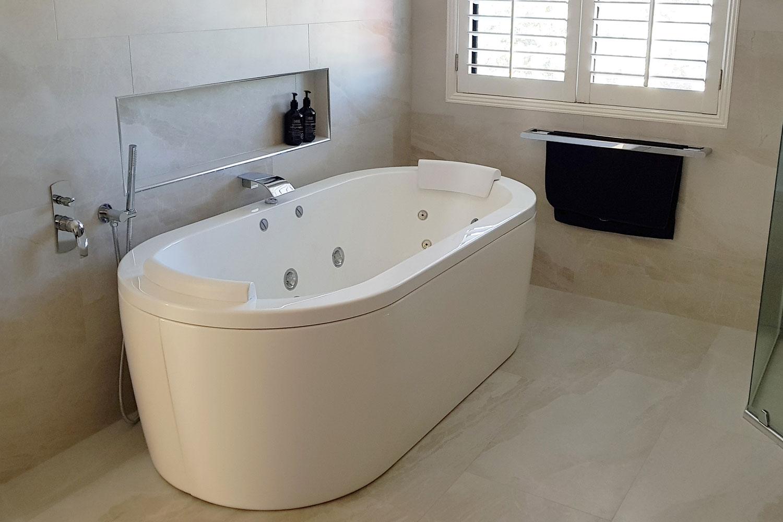 Decina bath