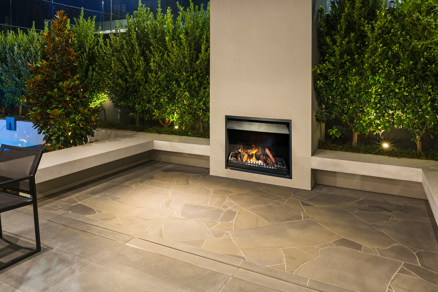 Bluestone paving features centre stage in this outdoor entertaining area