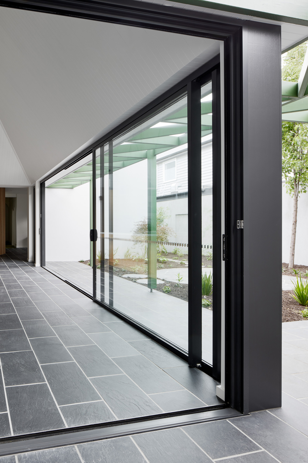 Rylock's innovative sliding door joining block system