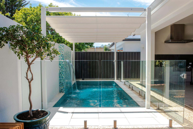 Somerton Park Beach House: a courtyard pool with an innovative shade solution