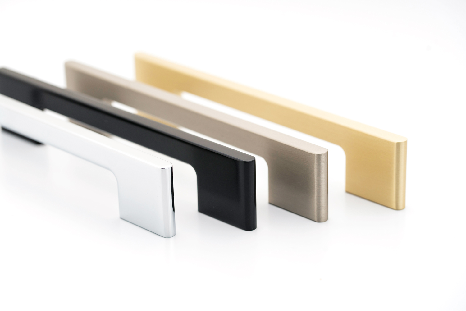 Luxurious handles to bring your kitchen into the roaring '20s