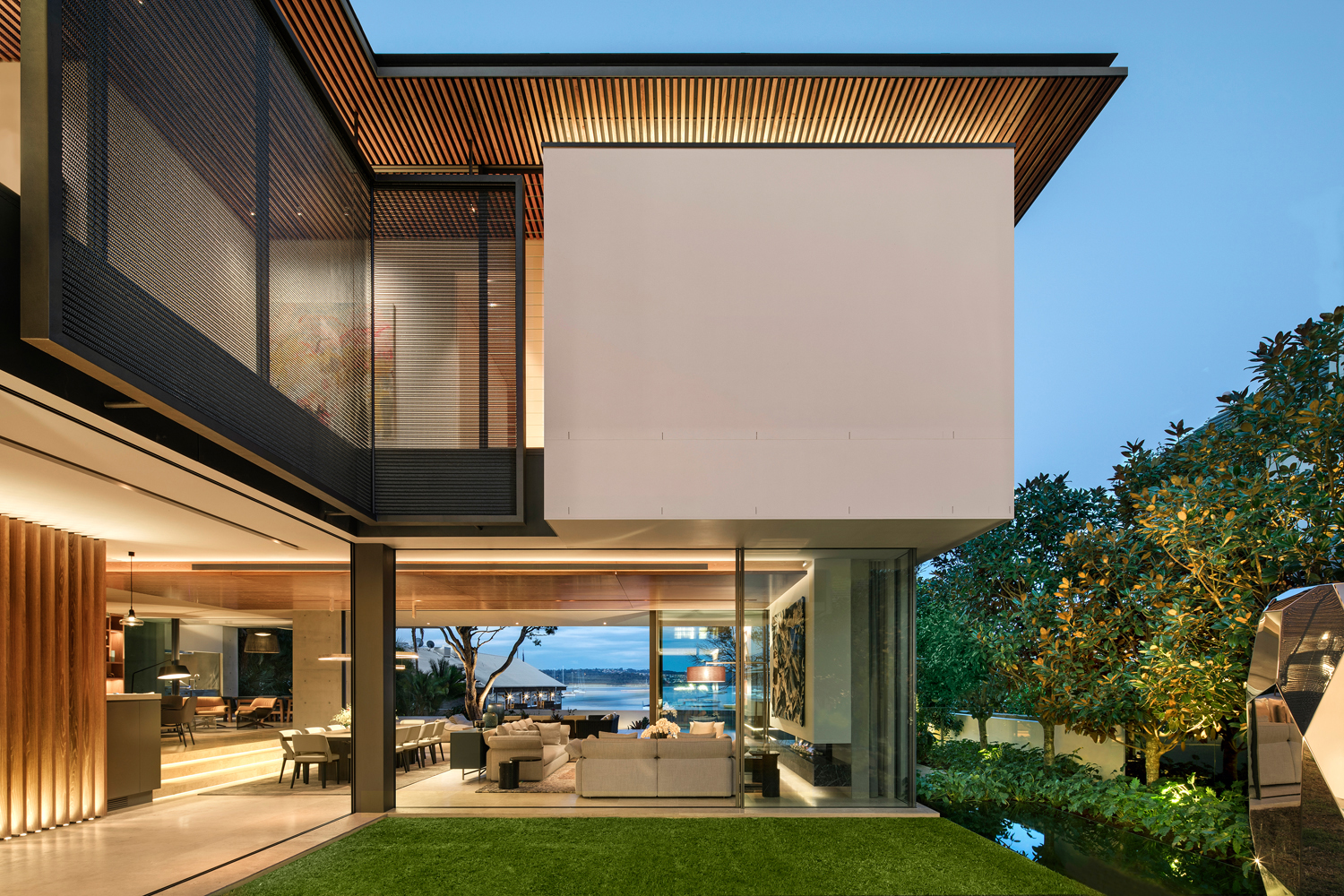 Solar and Privacy Screening for Elegant Double Bay Home