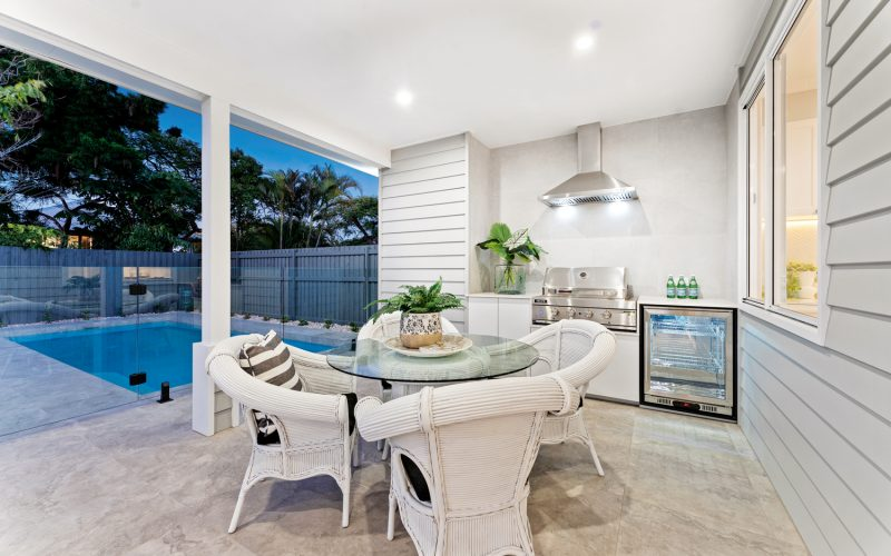 Become the ultimate entertainer with an outdoor kitchen