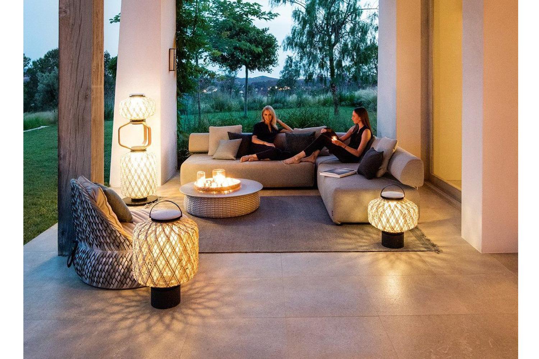 Elegent Outdoor Lounge
