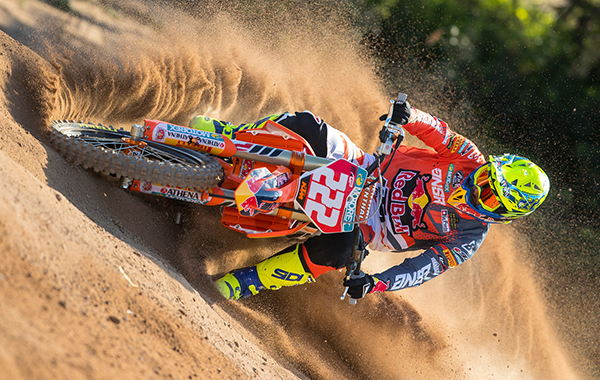 220253_Cairoli_preseason_2018_KTM_action_RA_1761cr