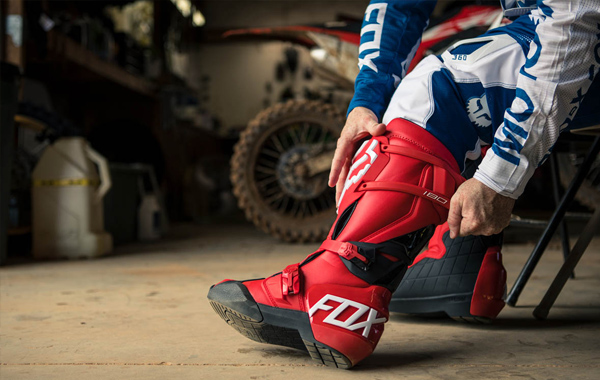 Fox 180 Boot