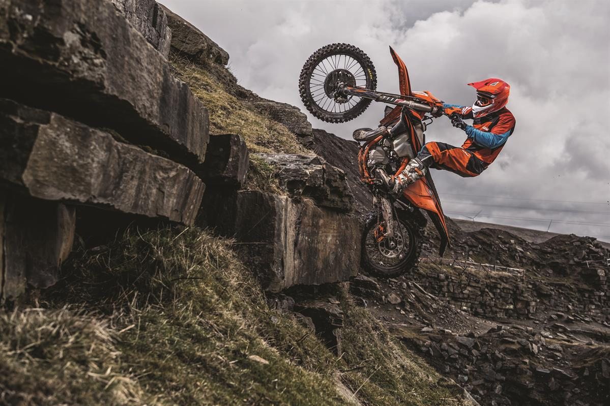 Action Ktm 300 Exc Tpi My2019 01