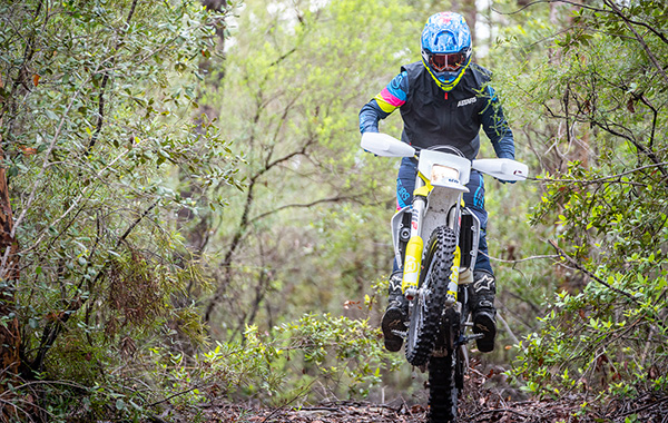 How To Clutch Pop Wheelie On Your Dirt Bike