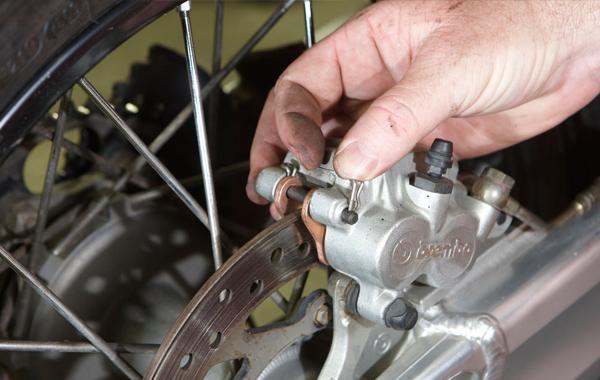 How To Change Dirt Bike Brake Pads
