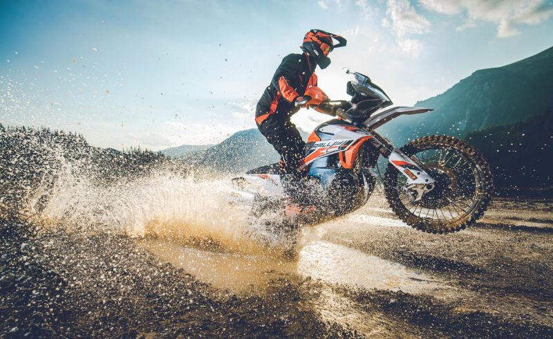 Ktm 890 Adventure R Rally Action