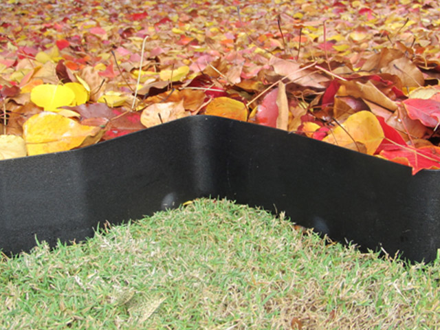 EverEdge Is A Flexible Steel Garden Edging That Anyone Can Install.  Supplied In Single Metre Lengths, Each EverEdge Length Has Six 9cm Long  Integrated ...