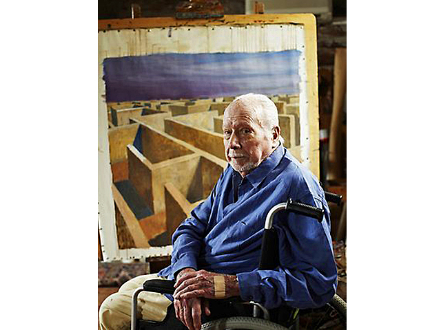 Artist Jeffrey Smart with his last painting, 'Labyrinth'