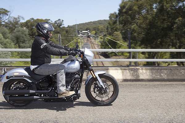 BMW R 1250 RS on Thunderbolts Way after bushfires.