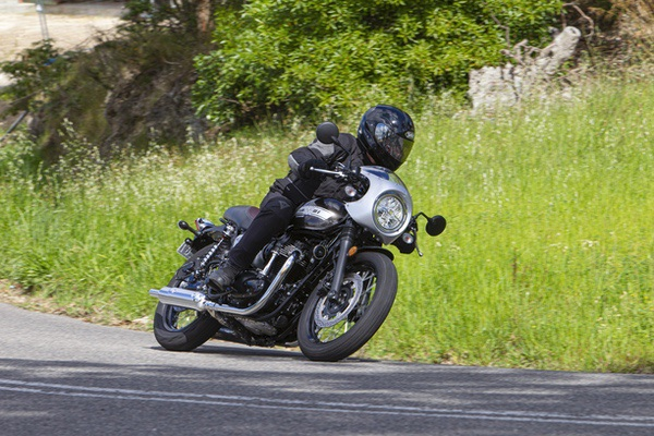 The W800 looks and feels like a machine from the 1960s, without the hassles of an old bike.