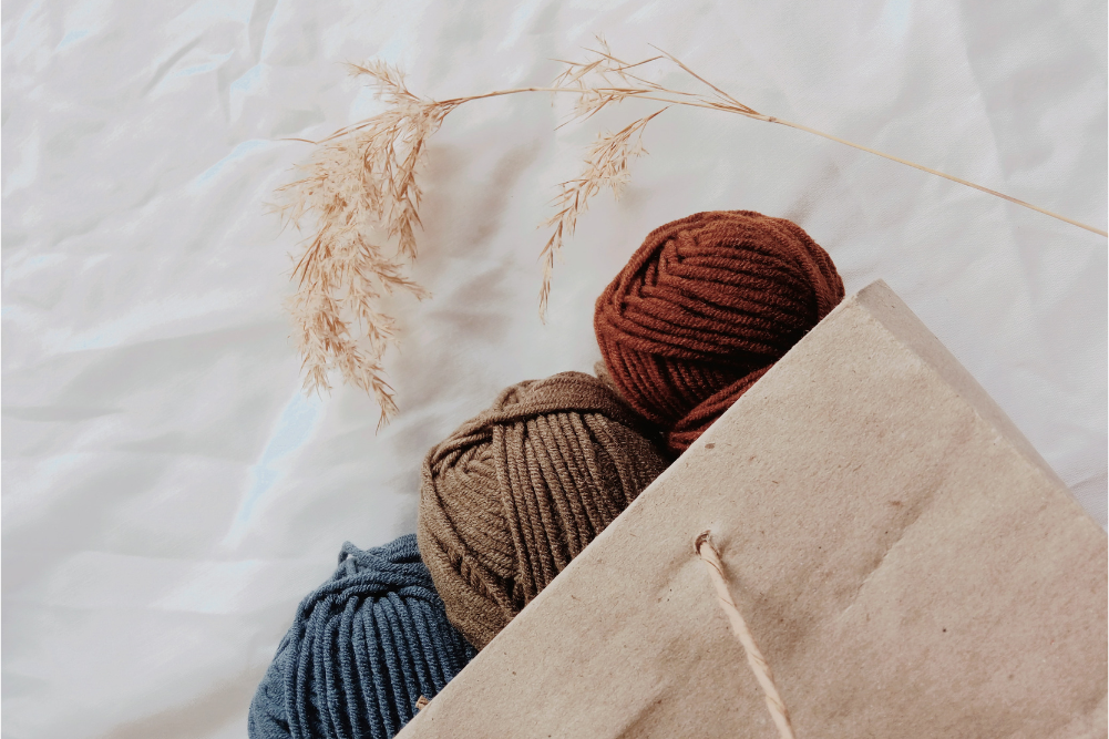 Knitting and recycled gold: A new era of sustainable style
