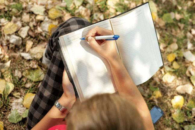 Journal diary motivation woman