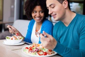 couple eating a healthy mean