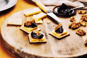 Gluten-Free Walnut & Blackcurrant Bites