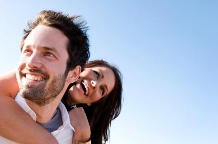 happy_couple_communication_wellbeingcomau