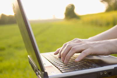 bigstock_Laptop_Outdoors_13