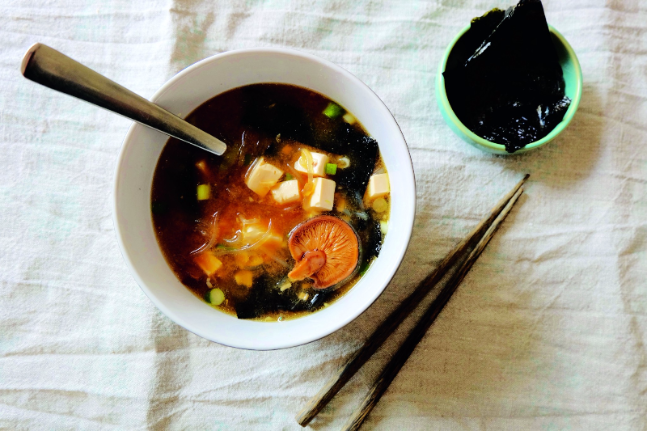 Miso & Kelp Noodle Broth