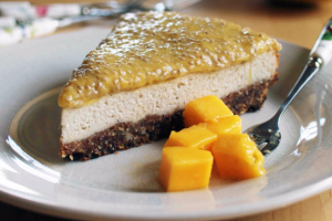 Vegan Baked Mango Cheesecake Recipe