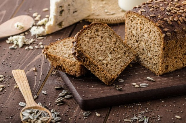 Whole wheat bread with seeds refined grains