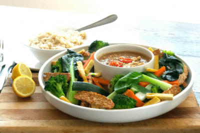 Steamed Vegetables with Peanut Sauce