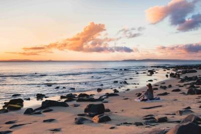 noosa retreat relax beach ocean