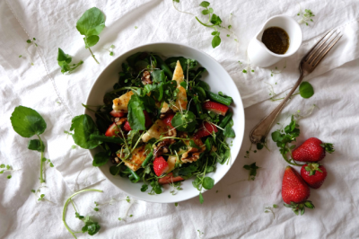Strawberry and Haloumi Salad Recipe