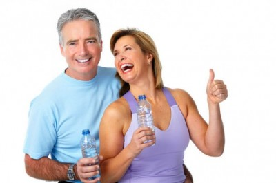 Healthy fitness elderly couple