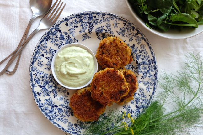 Fishcakes with Avocado and Yoghurt Sauce Recipe