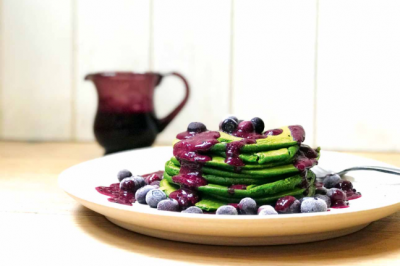 Sweet Spinach Pancakes with Blueberry Sauce Recipe