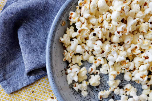 Healthy, Delicious and Gluten-free Peppery Popcorn Recipe