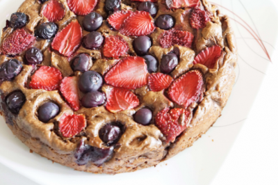 Vegan Chocolate, Avocado and Berry Cake Recipe