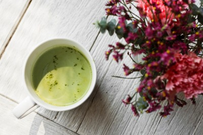 6 therapeutic uses for matcha tea powder