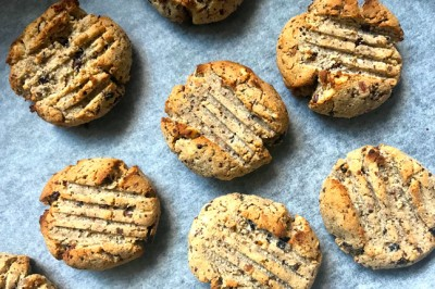 Gluten-Free Peanut Butter and Coconut Cookies Recipe