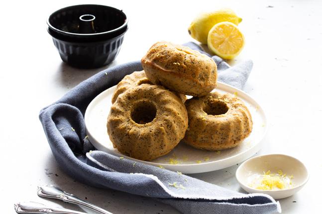 Danielle Minnebo's Classic Lemon and Poppy Seed Cakes