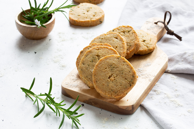 Vegetarian Parmesan and Rosemary Biscuit Recipe