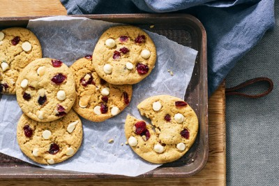 White Choco Cranberry Cookies