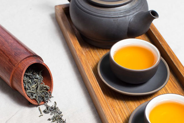 How to use different teas for natural beauty and abundant health