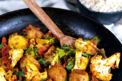Roasted Cauliflower and Potato Curry with Turmeric