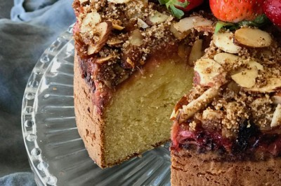Strawberry, Apple and Rhubarb Crumble Cake Recipe