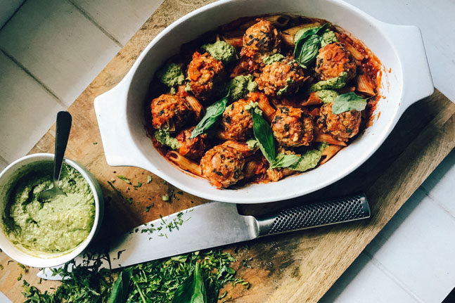 Vegie Balls & Wholemeal Penne in Tomato Sauce with Pesto Recipe