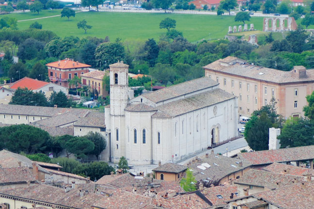 We travel to Gubbio, Italy and discover the way of St Francis