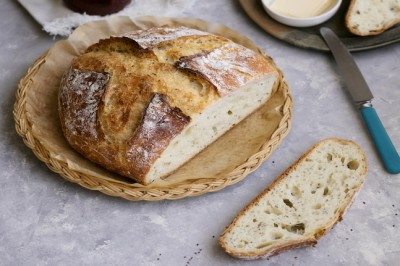 Kefir No-Knead Chia Bread