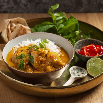Chicken And Stone's Premium Ginger Beer Curry