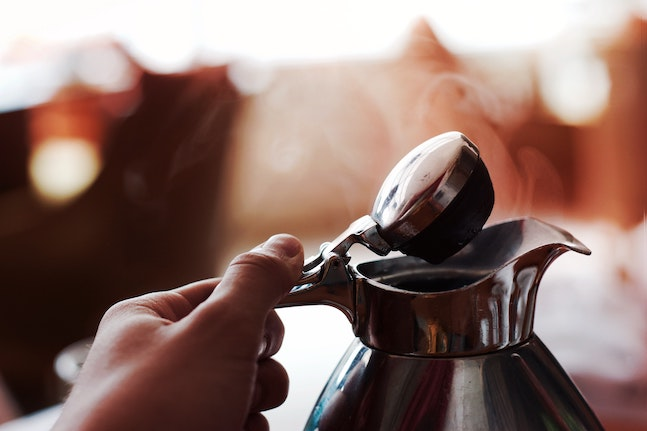 7 mindful acts to do while the kettle boils