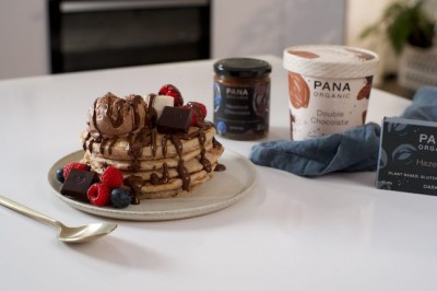 Plant-Based Pancakes with Hazelnut & Chocolate Sauce